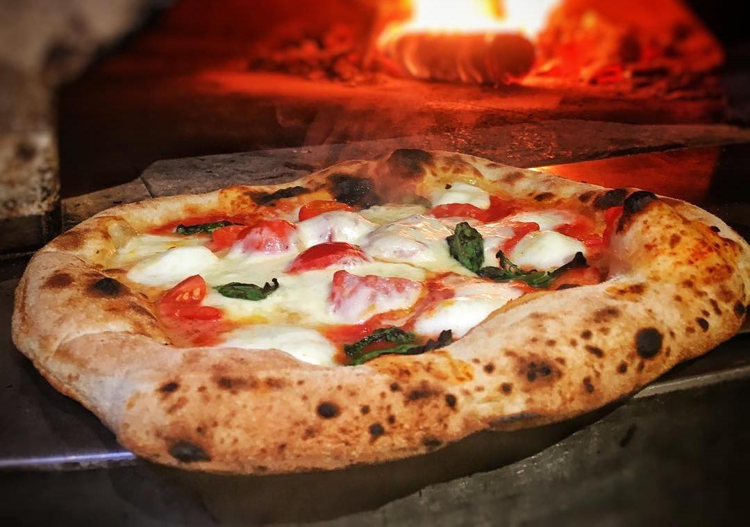 horno de pizza napolitano
