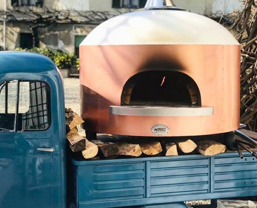 hornos de leña para pizzería móvil